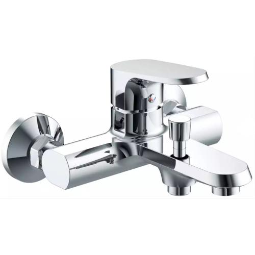 PURE cмеситель для ванны и душа с коротким изливом Bravat 7F6105161C-01