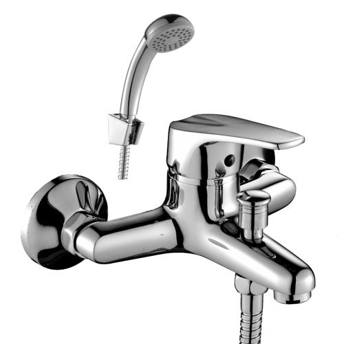 D40-31 Rossinka Смеситель одноручный для ванны с коротким изливом хром